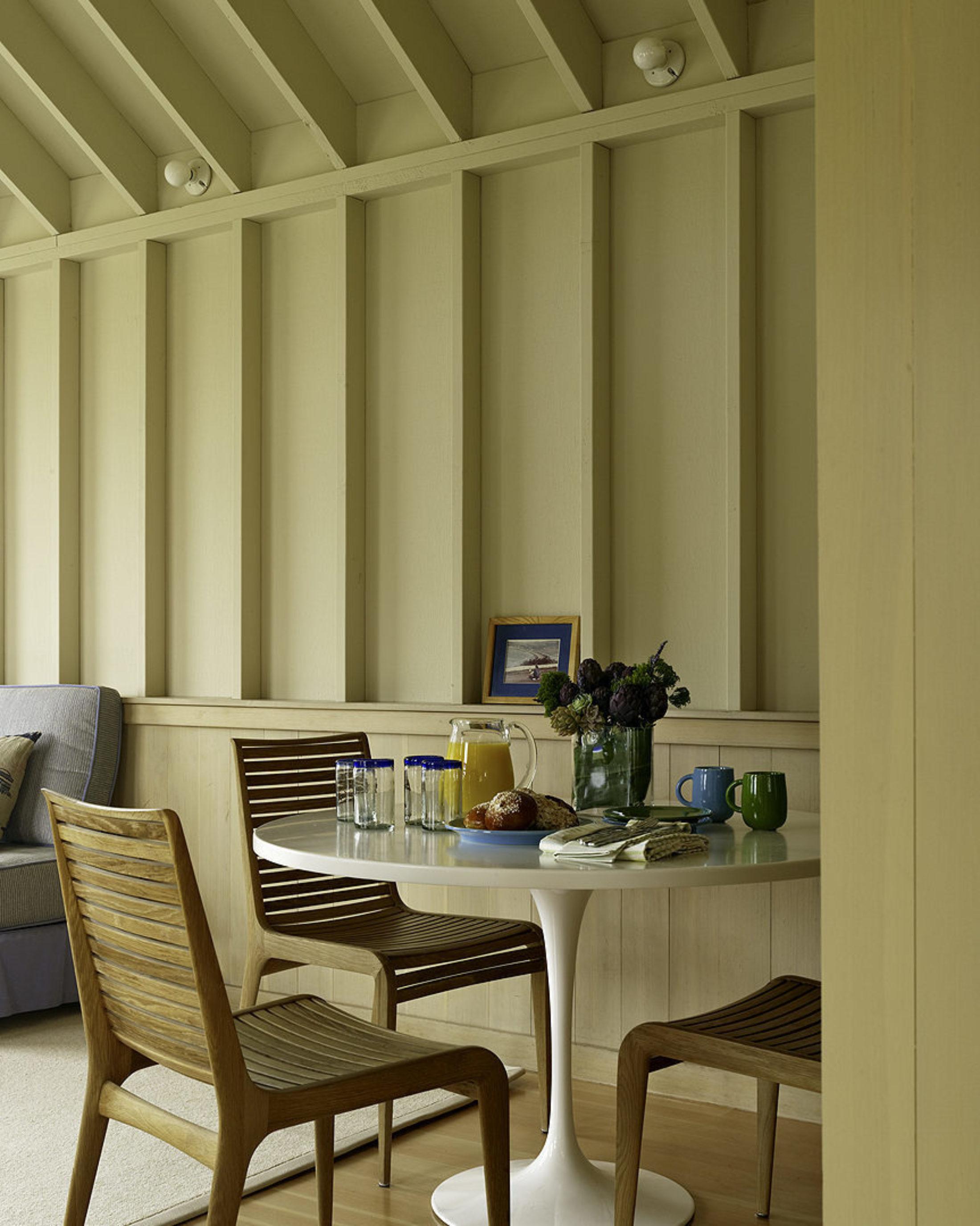 Interior, Enticing Contemporary Flood House Design By
